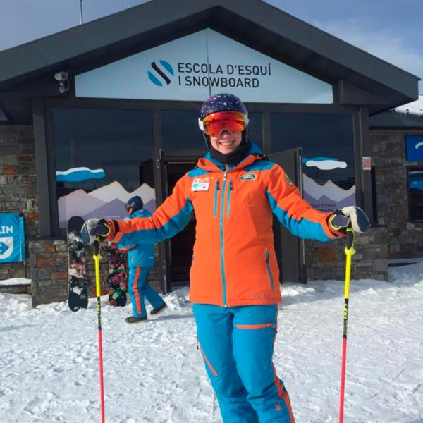 Инструктор в Андорре по горным лыжам