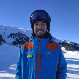 Инструктор по горным лыжам в Канильо Андорра